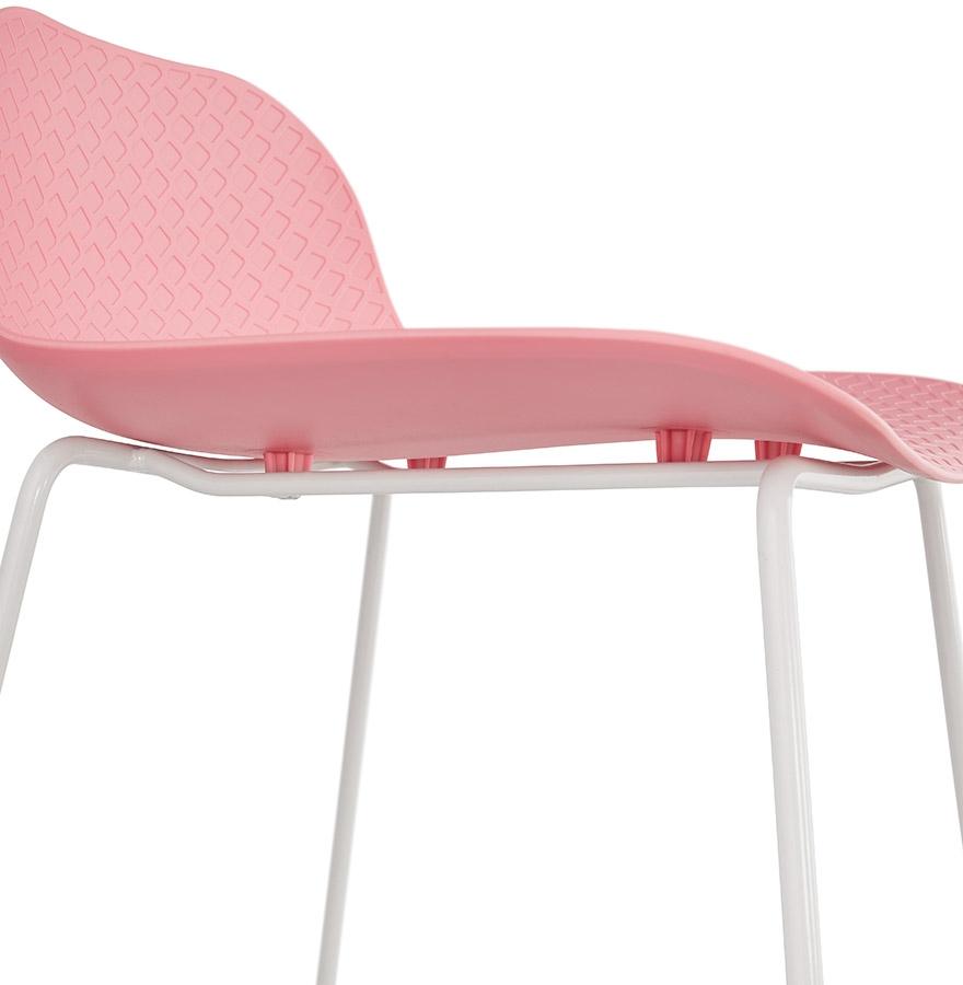 tabouret de bar babylos rose avec pied blanc tabouret design. Black Bedroom Furniture Sets. Home Design Ideas