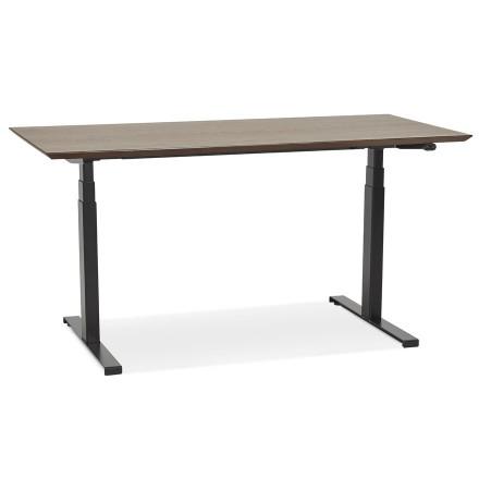 Bureau assis-debout électrique 'BIONIK'avec plateau en bois finition Noyer et pied en métal noir - 150x70 cm