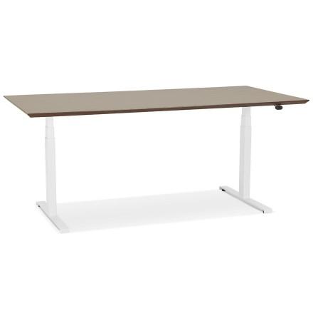 Bureau assis-debout électrique 'BIONIK'avec plateau en bois finition Noyer et pied en métal blanc - 180x90 cm