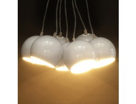 Suspension design 'BILBO' 7 boules blanches suspendues