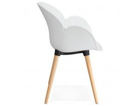 Chaise design scandinave 'PICATA' blanche avec pieds en bois