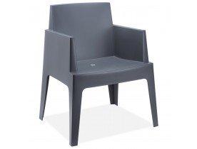 Chaise design 'PLEMO' gris foncé en matière plastique