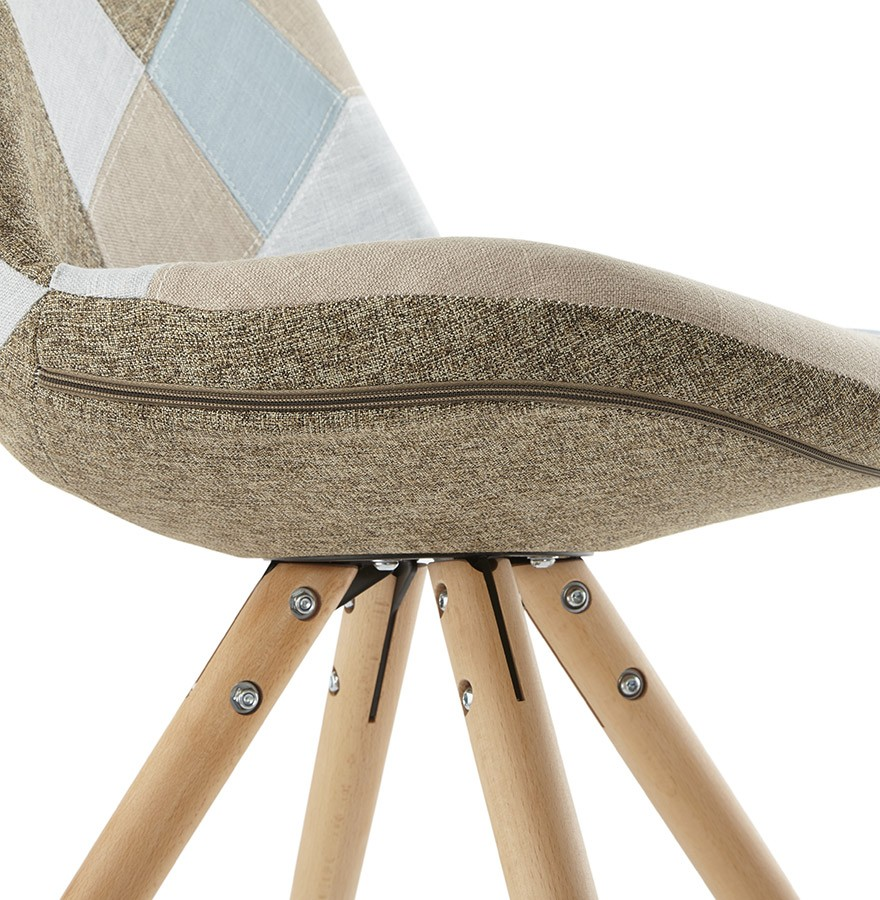 Chaise design artist chaise patchwork for Chaise scandinave patchwork bleu
