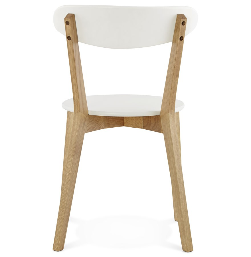 Chaise scandinave dady blanche chaise design for Chaises scandinaves blanches