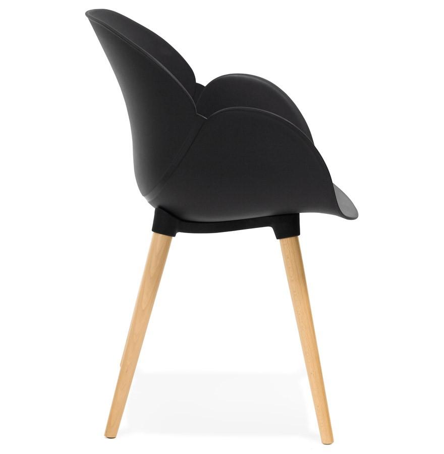 Chaise design scandinave picata noire avec pieds en bois for Chaise noire design