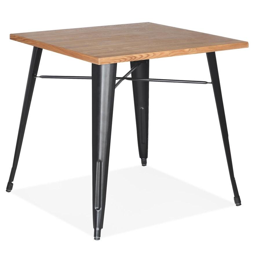 Table Style Industriel Marcus En Bois Clair Et Pieds En Metal Noir