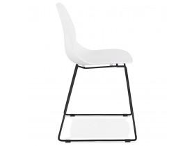 Chaise design 'NUMERIK' blanche avec pieds en métal noir