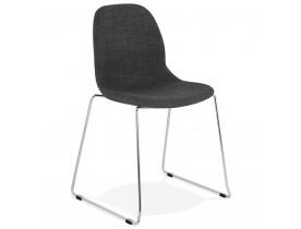 Chaise design 'DISTRIKT' en tissu gris foncé avec pieds en métal chromé