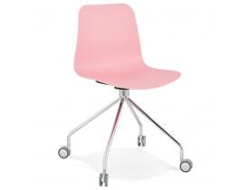 Chaise design de bureau 'SLIK' rose sur roulettes