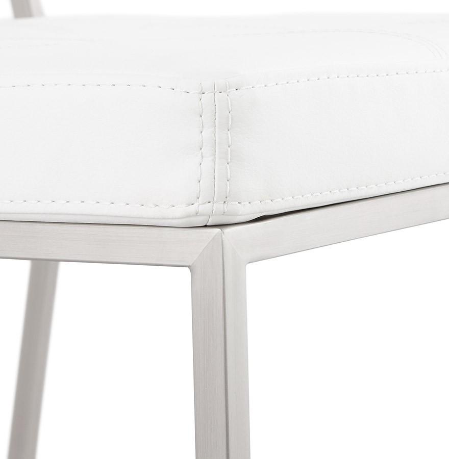 Chaise capitonnée LEON blanche chaise design