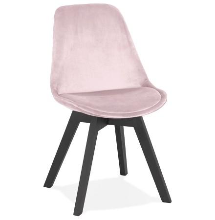 Stoel in roze fluweel 'JOE' met structuur in zwart hout