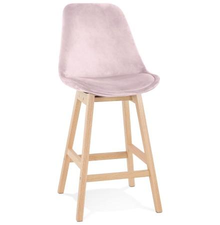 Halfhoge kruk 'MORISS MINI' in roze fluweel met poten in natuurlijk hout