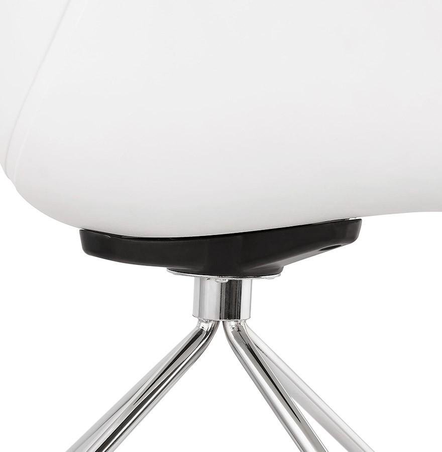 Witte bureaustoel jeff op wieltjes design bureaustoel for Witte eetkamerstoelen op wieltjes