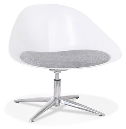 Design loungestoel 'DAPHNE' van witte kunststof en grijze stof