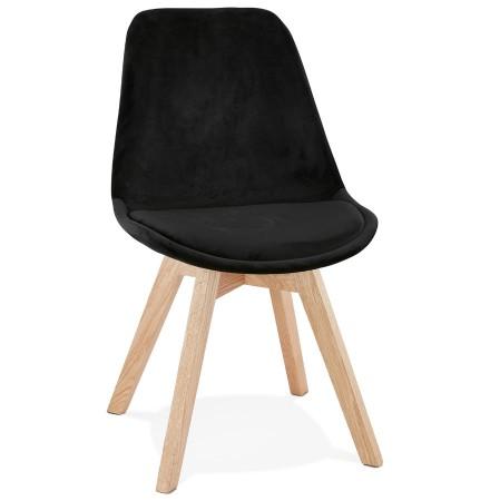 JOE' stoel in zwart fuweel met een structuur in natuurijk hout