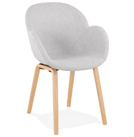 Designstoel met armleuningen 'SAMY' in lichtgrijze stof en Scandinavische stijl