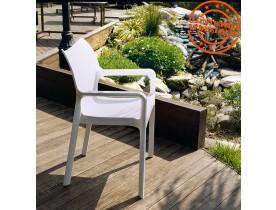 Design terrasstoel 'VIVA' uit witte kunststof