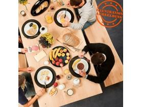 Eettafel in de stijl van een boomstronk 'BOTANIK' in massieve eik in zwart metaal - 300x100 cm