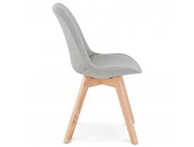 Scandinavische stoel 'WILLY' in grijze stof met poten in naturelkleurig hout