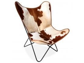 Vlinderstoel 'FOX' in leer met gevlekte vacht in bruin en wit
