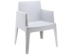 Lichtgrijze design stoel 'PLEMO'