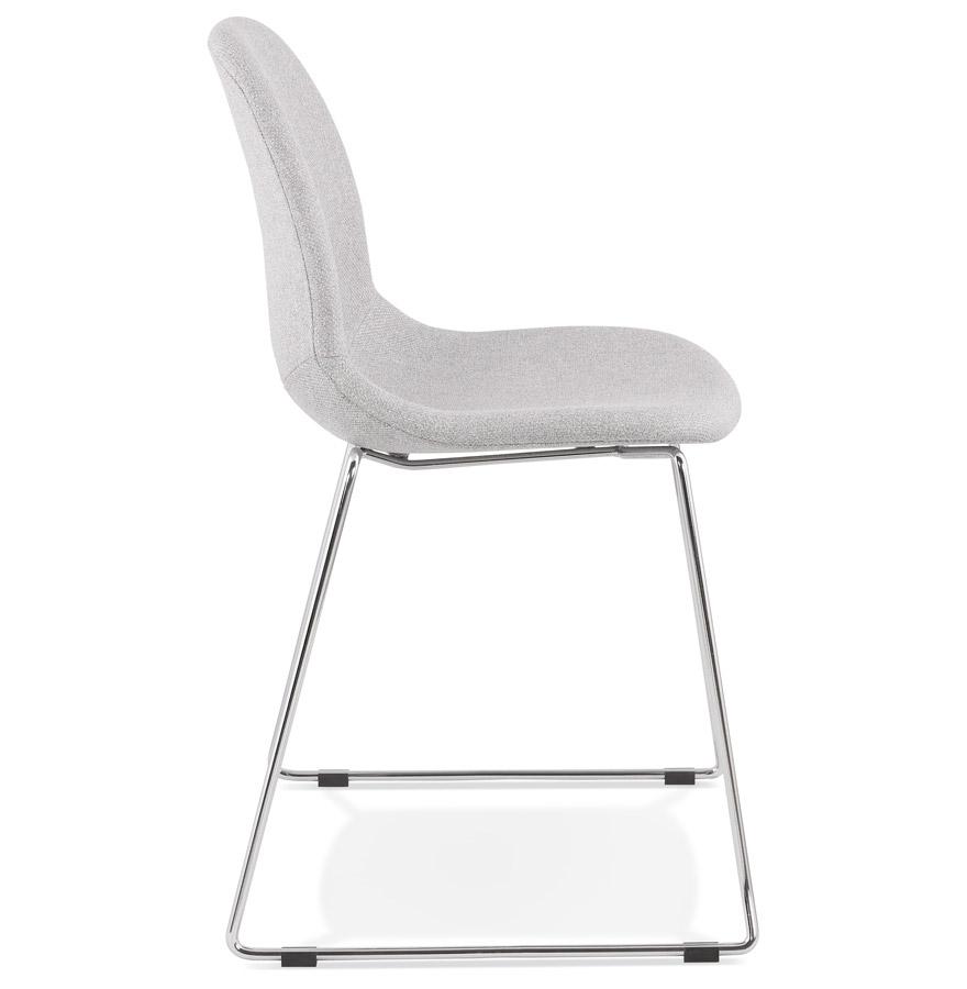 Chaise design empilable ´DISTRIKT´ en tissu gris clair avec pieds en métal chromé