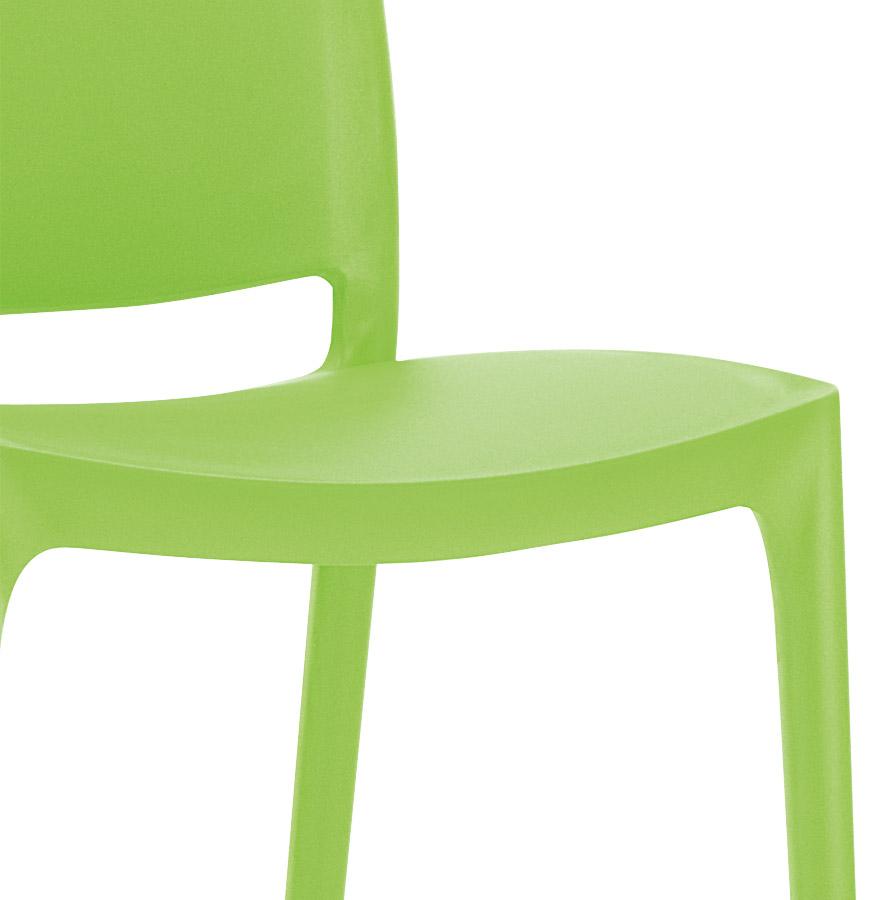 chaise design enzo chaise moderne verte en mati re plastique. Black Bedroom Furniture Sets. Home Design Ideas
