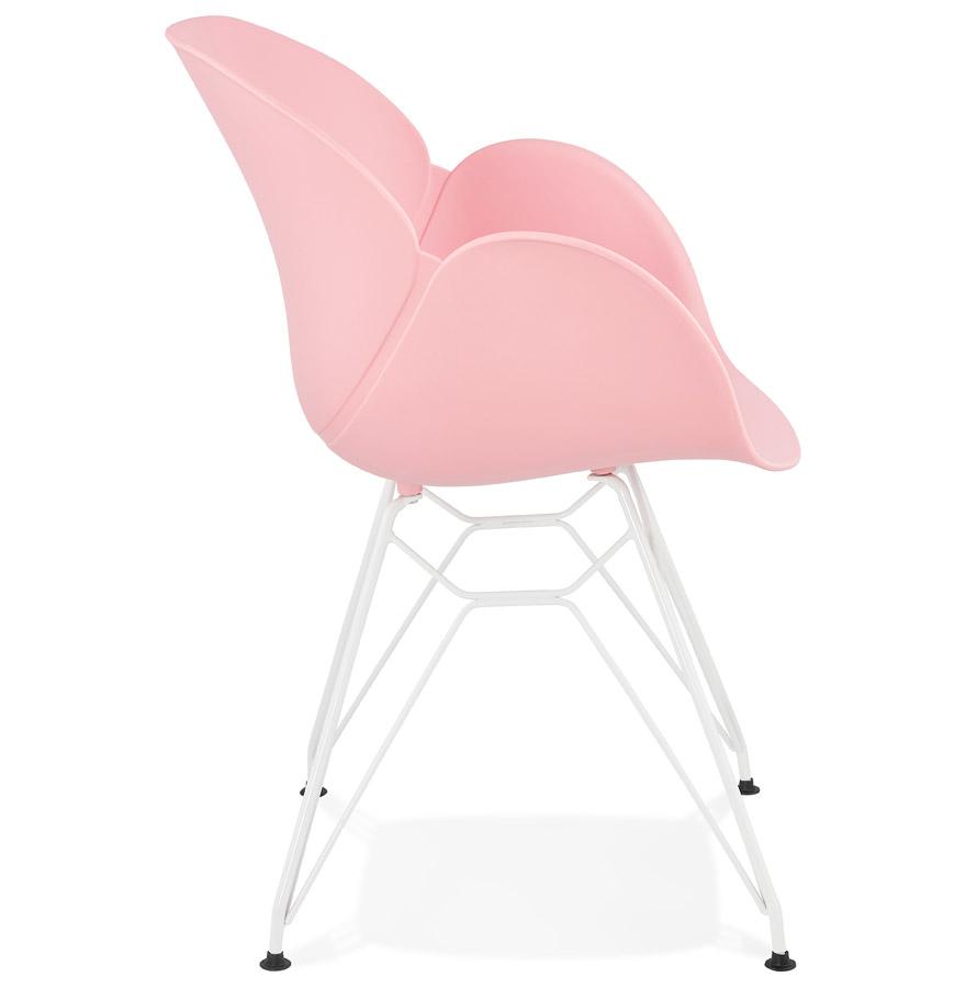 Chaise moderne ´FIDJI´ rose avec pieds en métal blanc