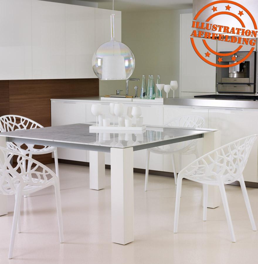 Design stoel geo moderne rode transparante stoel uit kunststof - Transparante plastic tafel ...