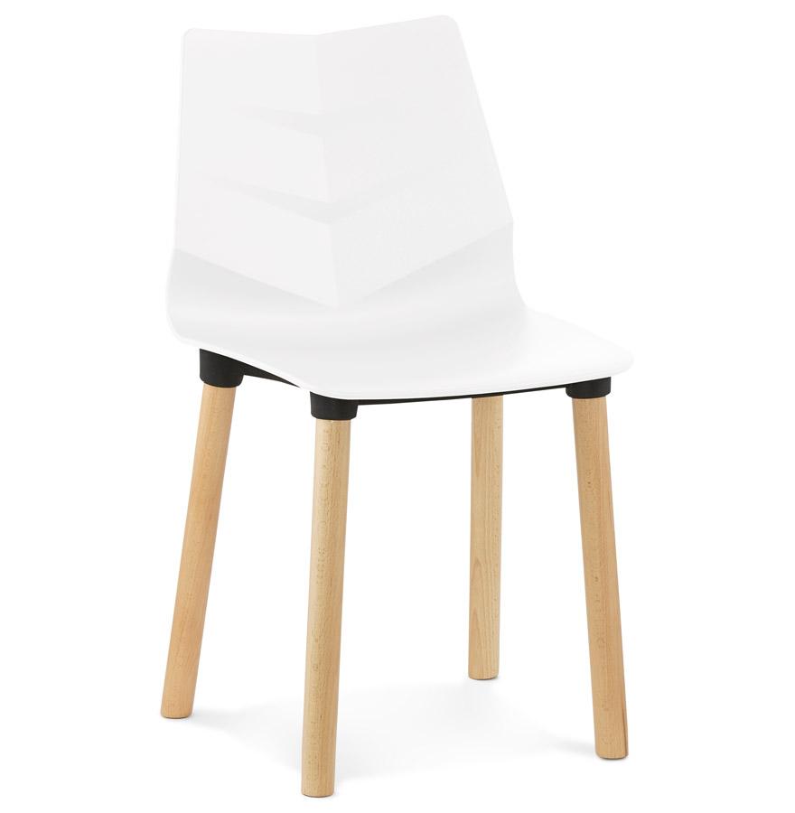 witte stoel korida in scandinavische stijl design stoel. Black Bedroom Furniture Sets. Home Design Ideas