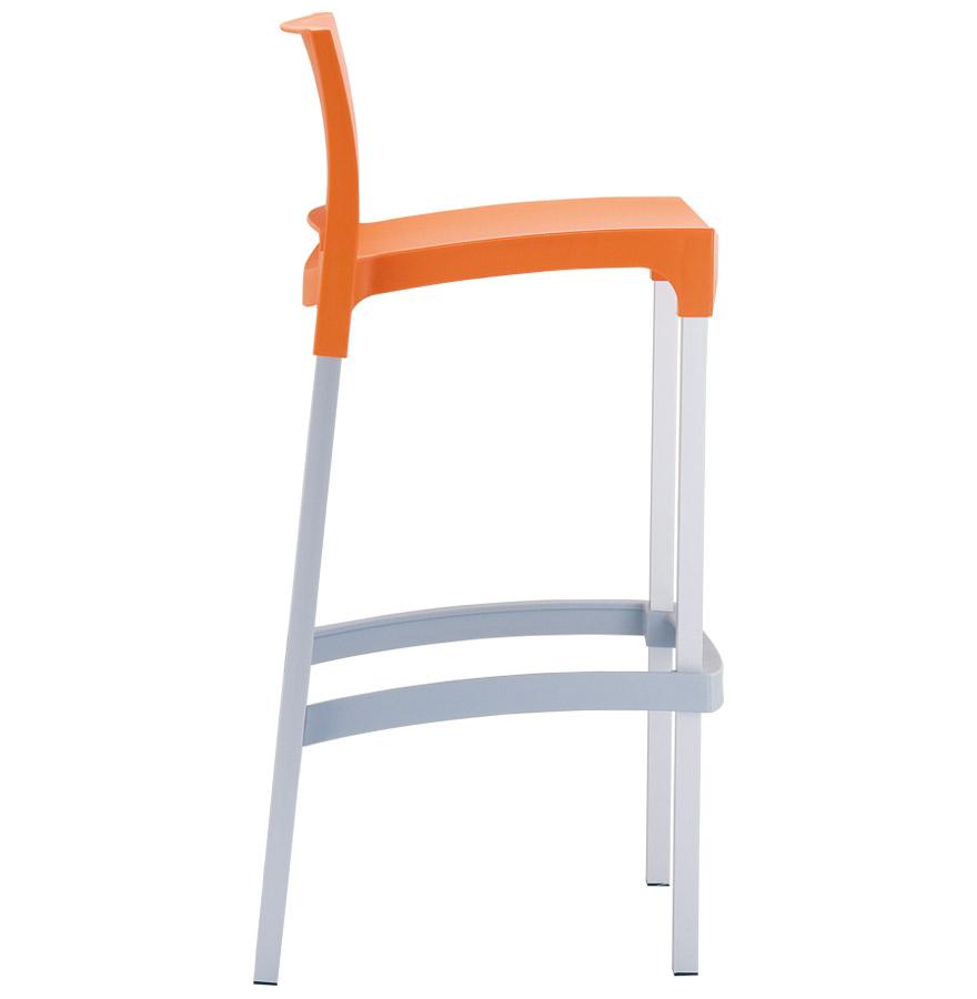 maty orange 03 - Tabouret de bar ´MATY´ orange empilable extérieur et intérieur