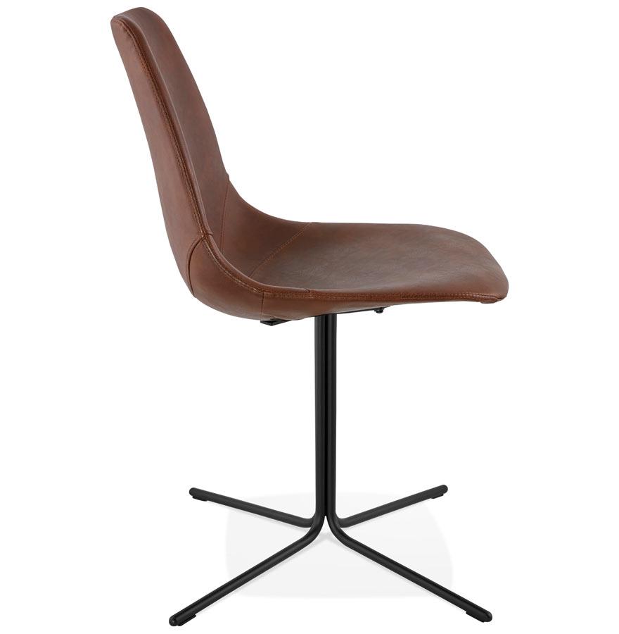Chaise design ´OLALA´ en matière synthétique brune et pied en métal noir