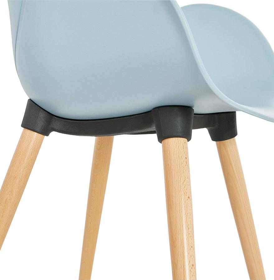 scandinavische design stoel picata blauw met houten poten. Black Bedroom Furniture Sets. Home Design Ideas