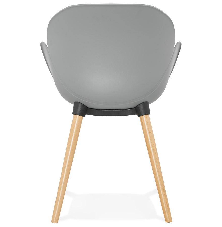 Chaise design scandinave picata grise avec pieds en bois for Chaise grise scandinave