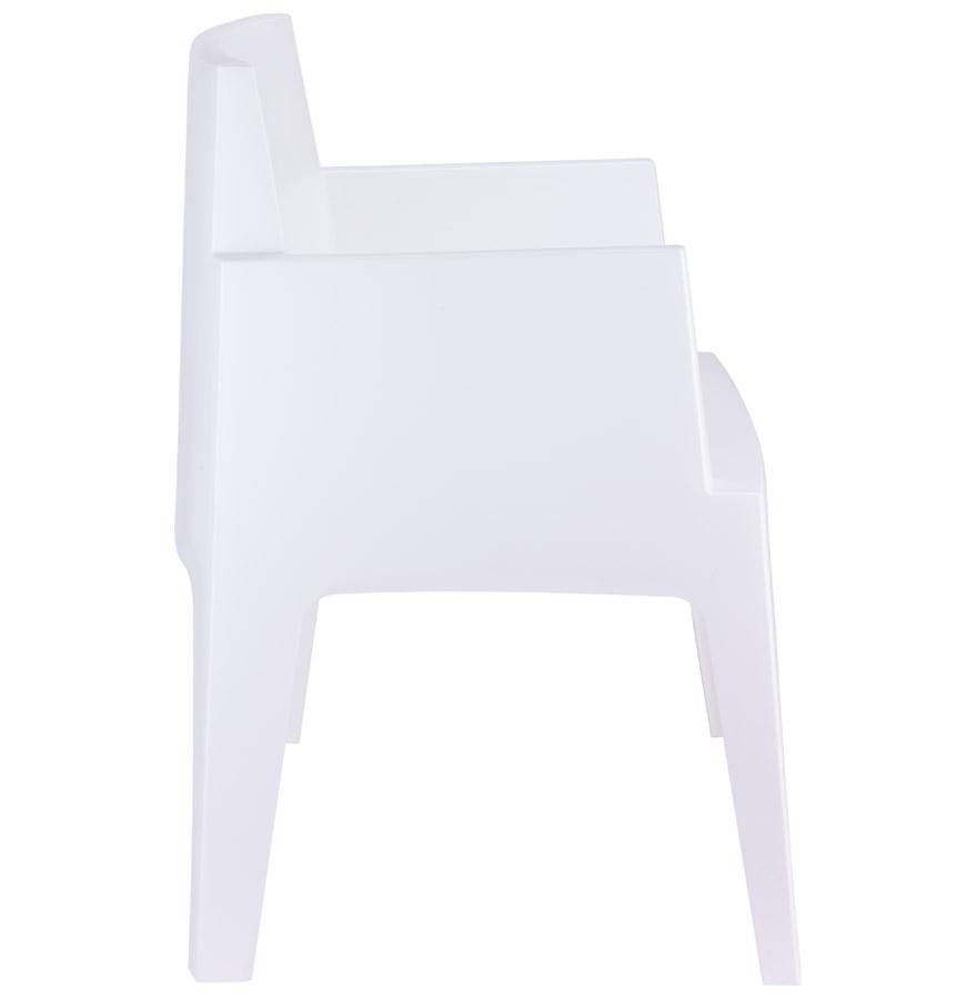 plemo white newsite 03 - Chaise design ´PLEMO´ blanche en matière plastique