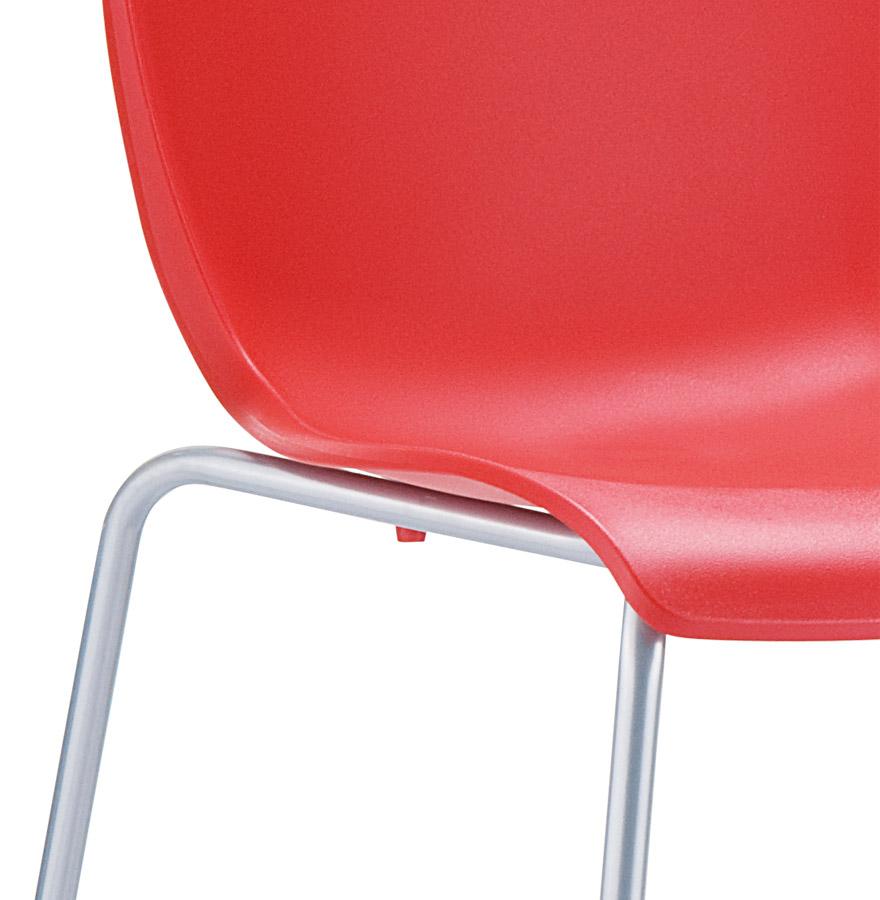 Chaise design plez chaise de cuisine rouge en mati re for Chaise cuisine plastique