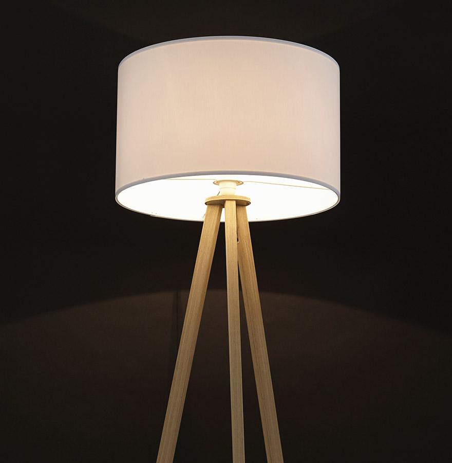 Lampadaire trépied ´SPRING´ avec abat-jour blanc et 3 pieds naturels