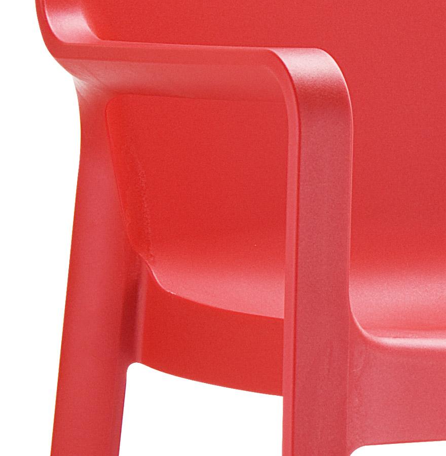 Chaise de terrasse viva en mati re plastique rouge chaise design - Chaise plastique rouge ...