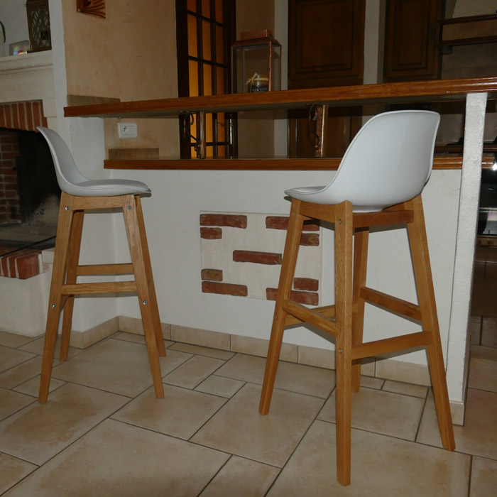 Tabouret de bar kiko blanc style scandinave tabouret design for Tabouret bar scandinave