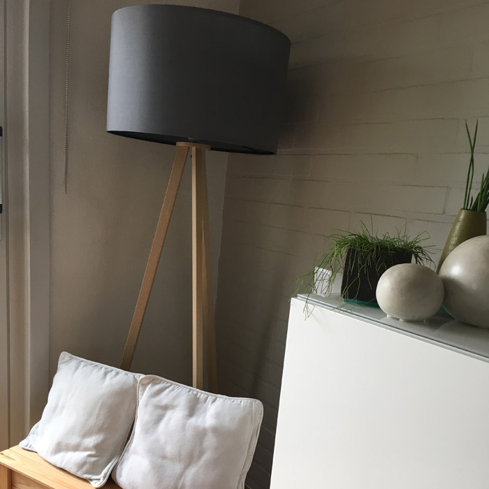 Lampadaire trépied SPRING - Alterego Design - Photo 1