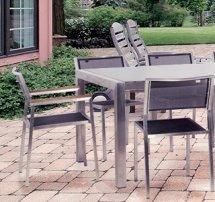 Table de jardin VILLA avec ses chaises DUPLEX et TRIPLEX.