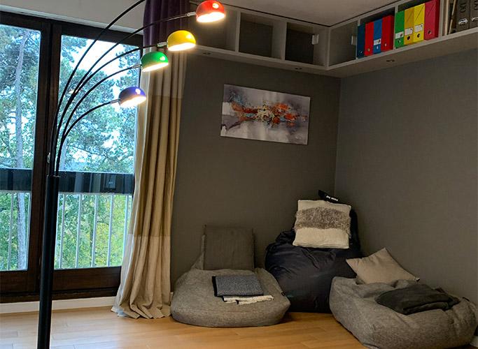 Comment aménager un coin lecture cosy ? - Photo 3 - Alterego Design