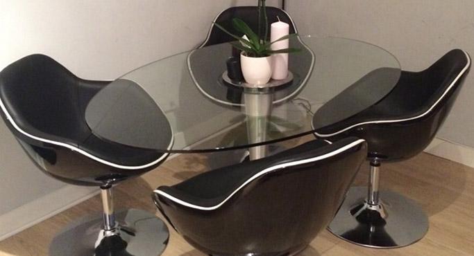 Alterego Design bolvormige fauteuils