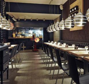 Décoration intérieure - Restaurant italien Fornostar