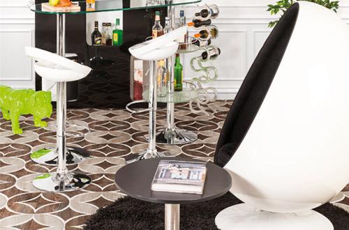 De eivormige fauteuils van Alterego Design