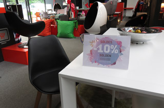 Soldes au magasin de meubles Alterego a Liege - Photo 2