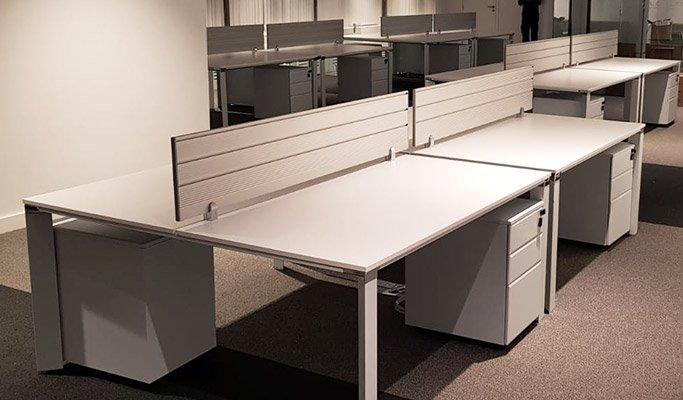 Aménagement des bureaux d'entreprise - écran de séparation 01