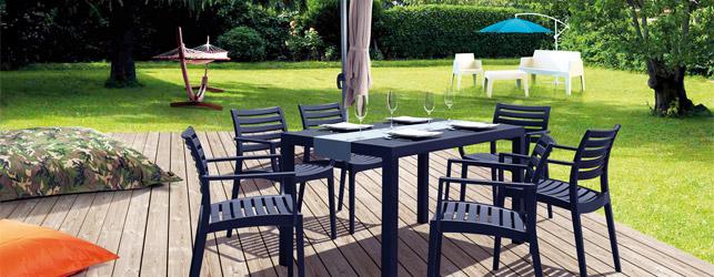 Des meubles de jardin design pour un été coloré