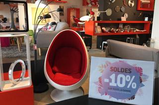 Soldes au magasin de meubles Alterego a Coignieres - Photo 1